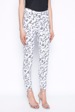 tribal  Ankle Length Pants Printed With Gingham and Leaves - Product List Image