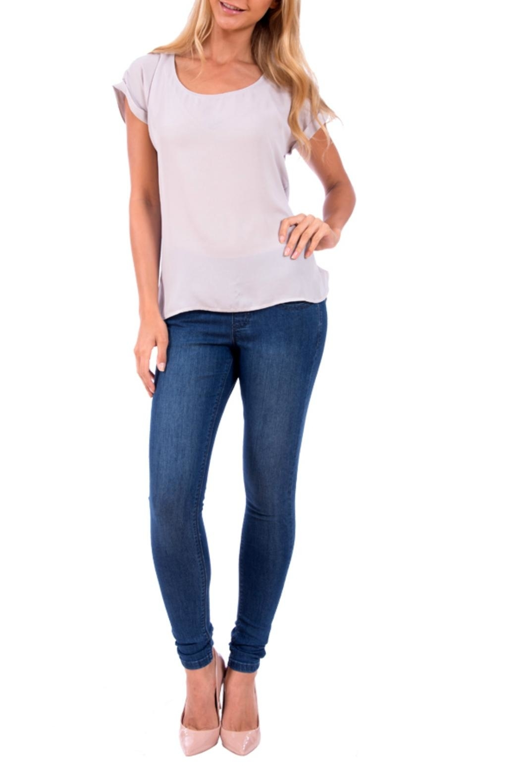 Lola Jeans Anna Pull on Denim Pant - Back Cropped Image