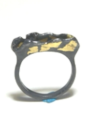 Anneaux Bleus Jewelry B&W #1 Ring - Front cropped