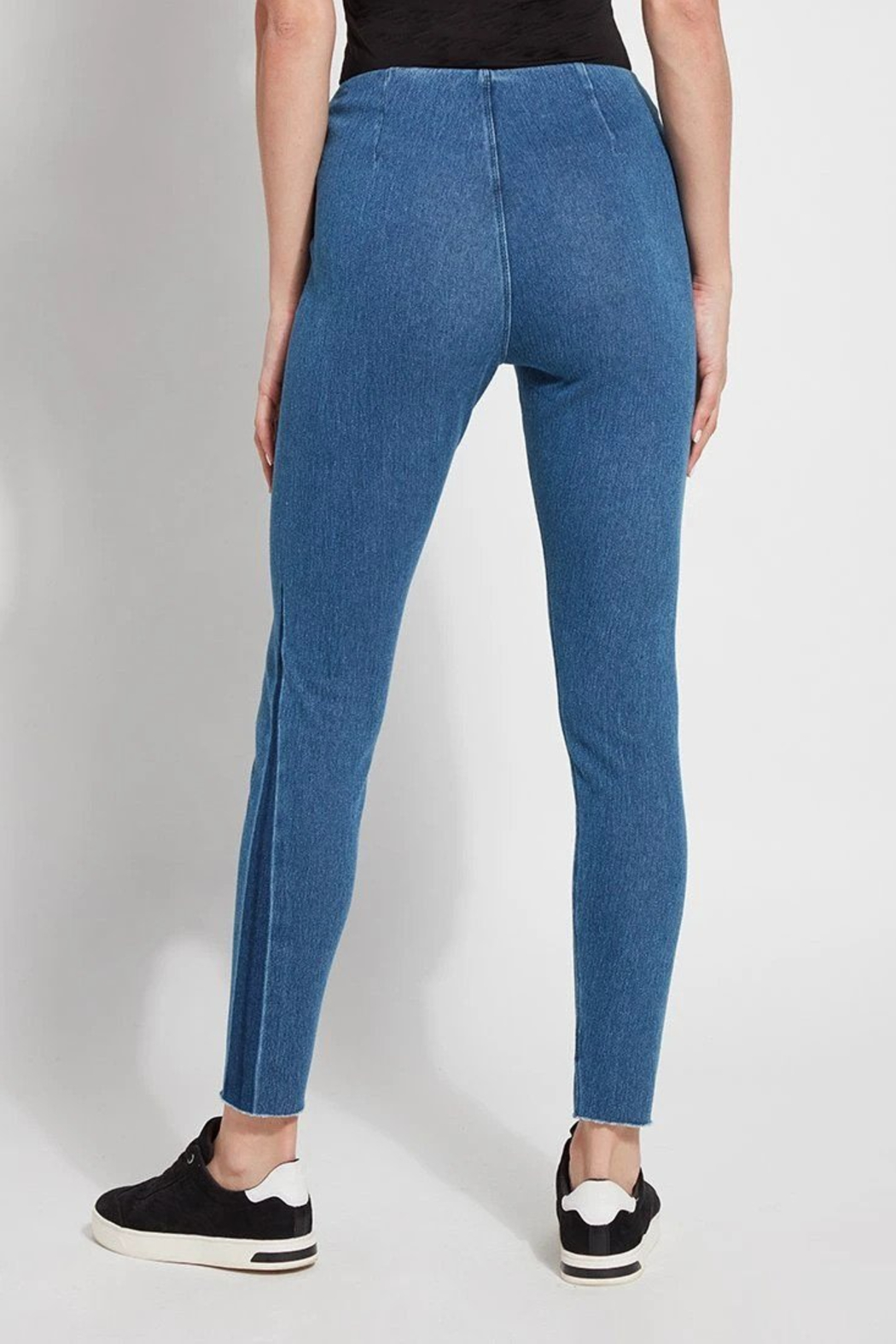 Lysse Annelise Mixed Wash Denim - Side Cropped Image