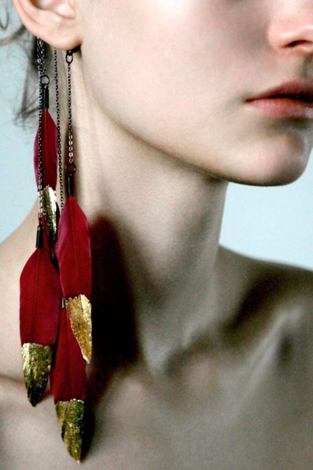 Anni Jürgenson Gold Feather Ear-Cuff - Side Cropped Image