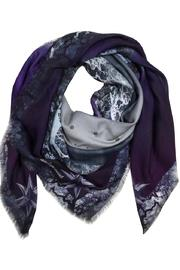 ANTAGONISTE Scarf Modal Printed - Front cropped