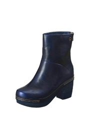 Antelope 936 Boot - Product Mini Image