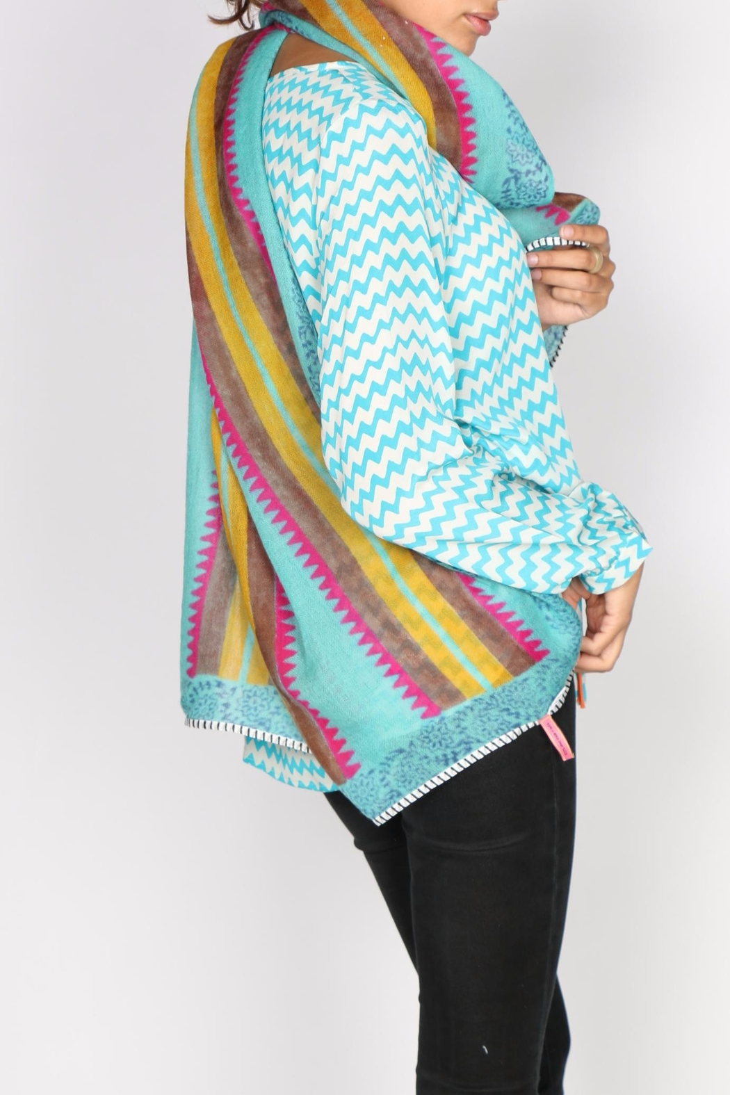 Anupamaa Aztec Print Scarf - Side Cropped Image