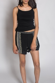 Anupamaa Crop Short Black - Front cropped