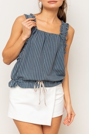 Apricot Lane Crinkle Crop - Front cropped