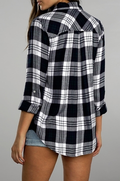 Apricot Lane Kiana Flannel Top - Alternate List Image