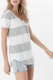 Apricot Lane The Venice Tee-Grey - Front full body