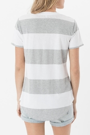 Apricot Lane The Venice Tee-Grey - Side cropped