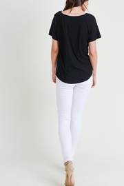 Apricot Lane St. Cloud The Other-Side Tee-Black - Side cropped