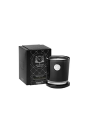 Aquiesse Black Sandalwood Candle - Front cropped