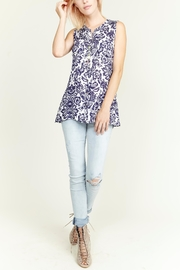 Aratta Contrast Back Tank - Front cropped