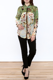 Aratta Floral Button-Down Top - Front full body
