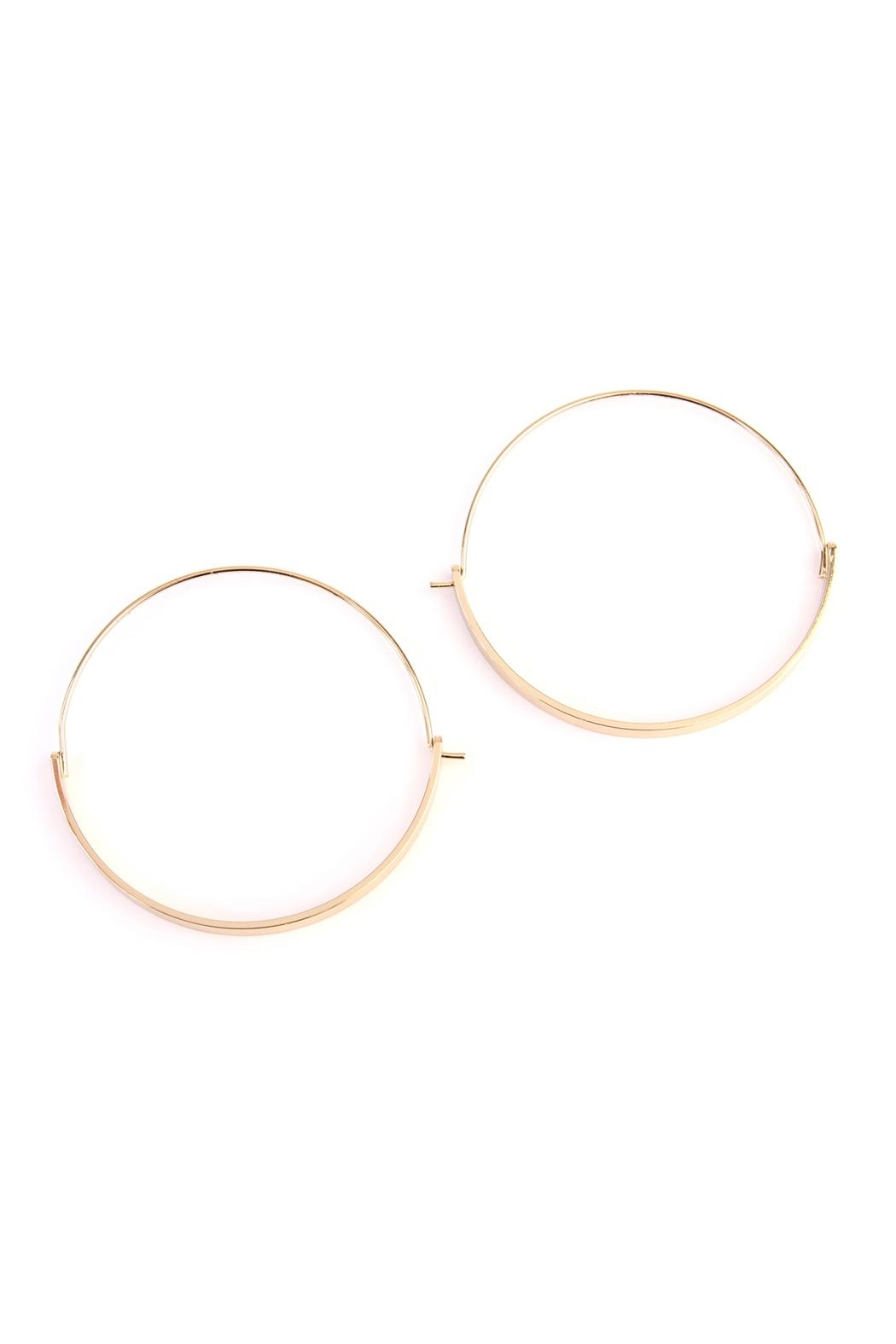 Riah Fashion Arc-Bar-Hinge Hoop Earring - Front Cropped Image