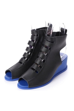 Arche Suryze Wedges - Product List Image