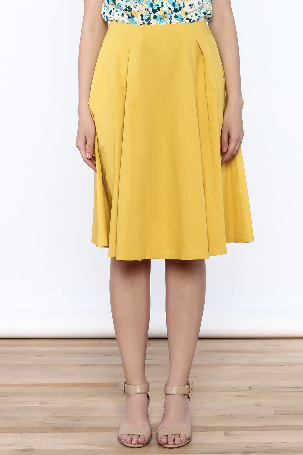 Archerie Valerie Pleated Skirt - Side Cropped Image
