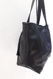 Areias Leather Black Tote Bag - Side cropped