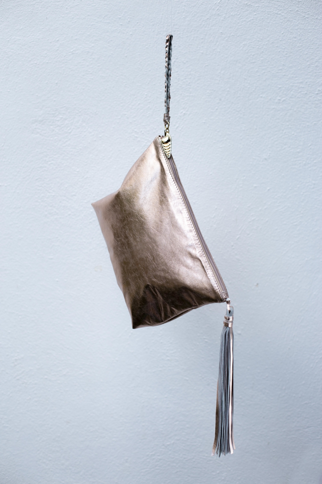 Areias Leather Golden Pink Tassel Clutch - Side Cropped Image
