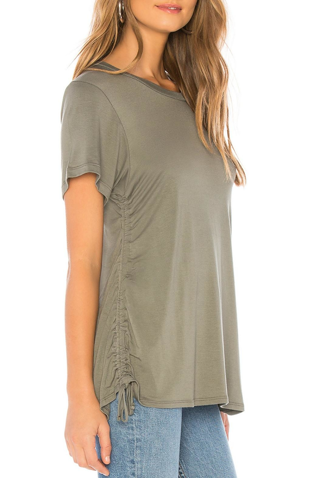 LNA Ari Cinched-Side Tee - Side Cropped Image