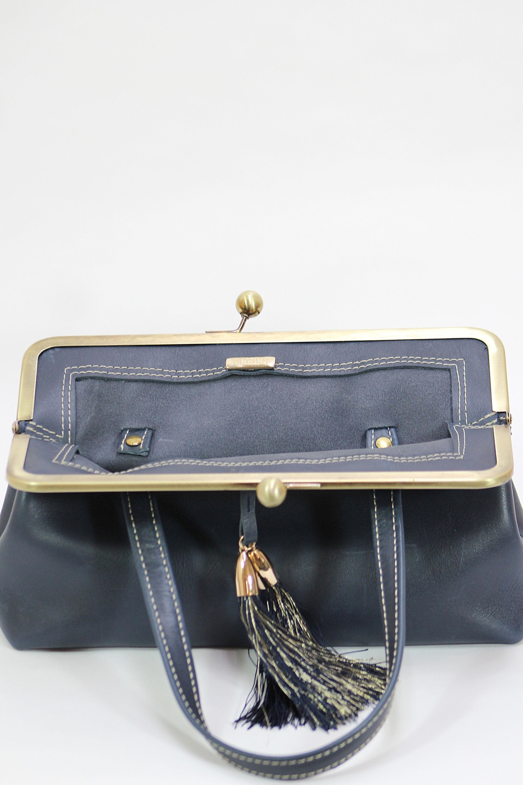 Arisch 50's Leather Handbag - Side Cropped Image
