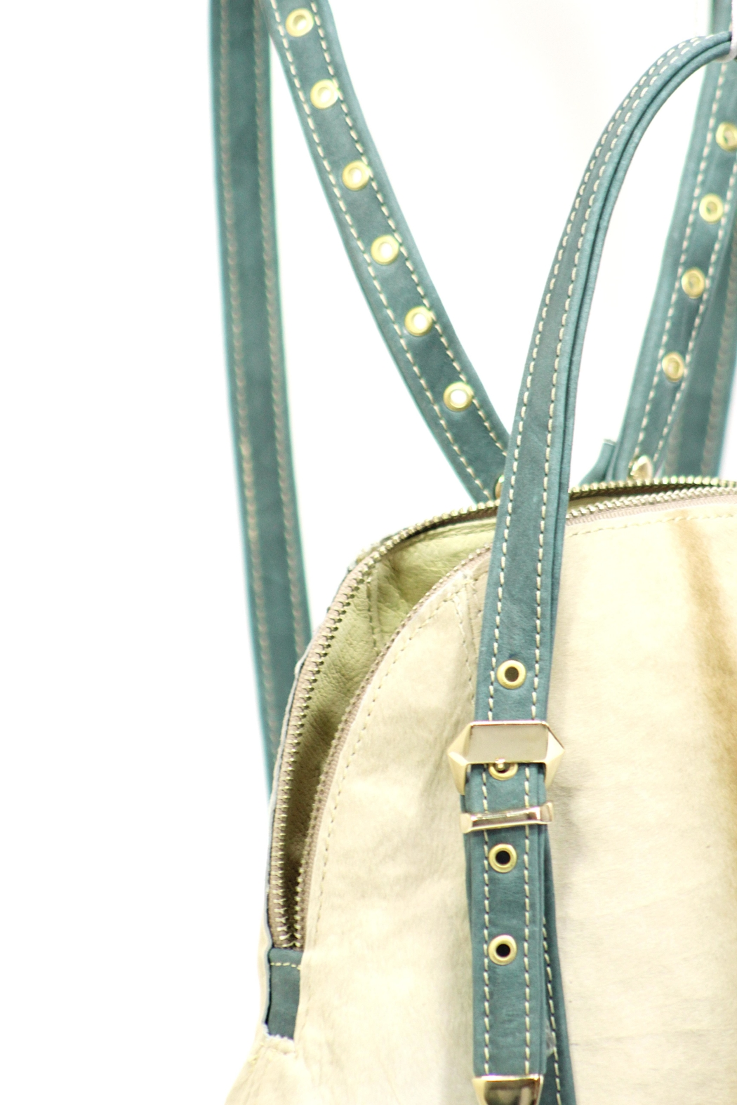 Arisch Blu Leather Backpack - Side Cropped Image