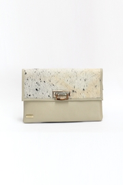 Arisch Isabel Clutch - Front cropped