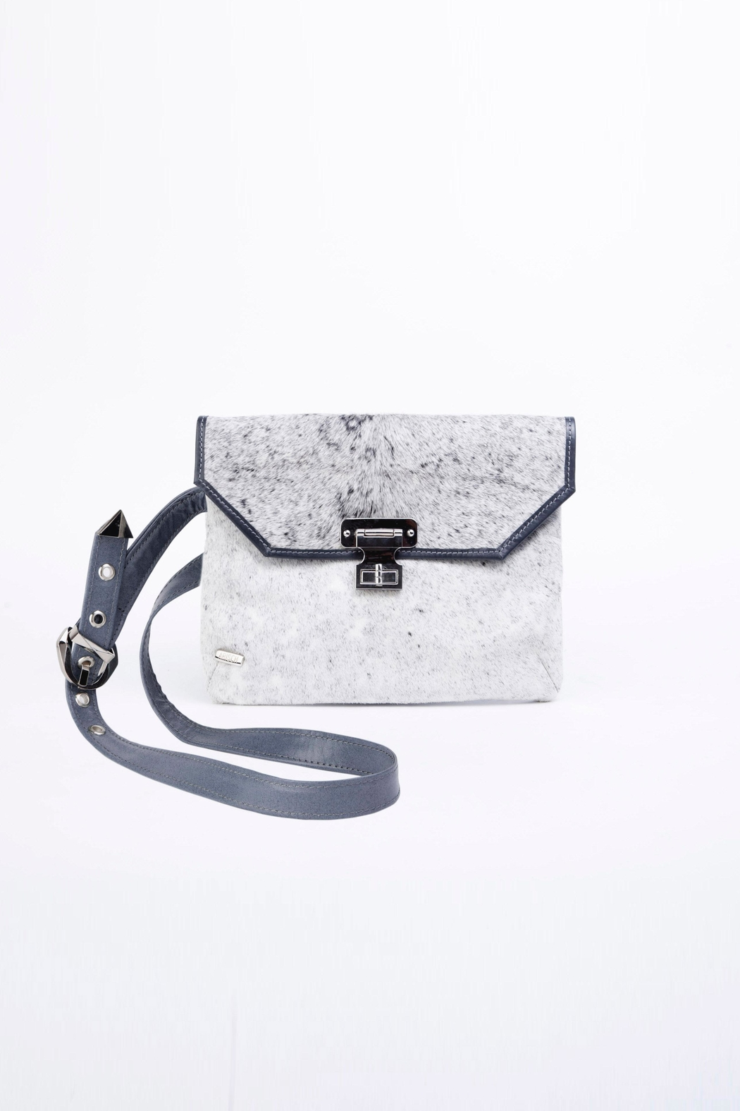 Arisch Lea Leather Cross Body - Front Cropped Image