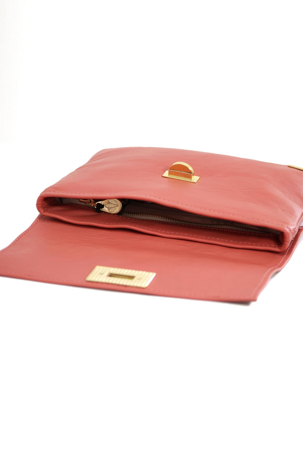 Arisch Salmon Isabel Clutch - Side Cropped Image