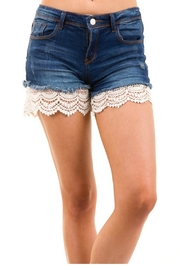 Armario De La Bella Lace Shorts - Product Mini Image