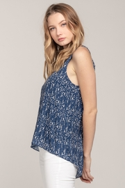 Everly Arrow Tank - Side cropped