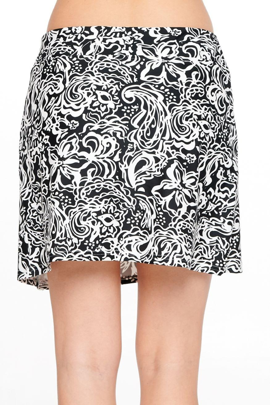 Aryeh Black And White Lace Detail Skort - Back Cropped Image
