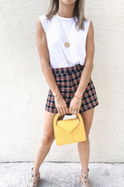En Creme As if Shorts - Front cropped