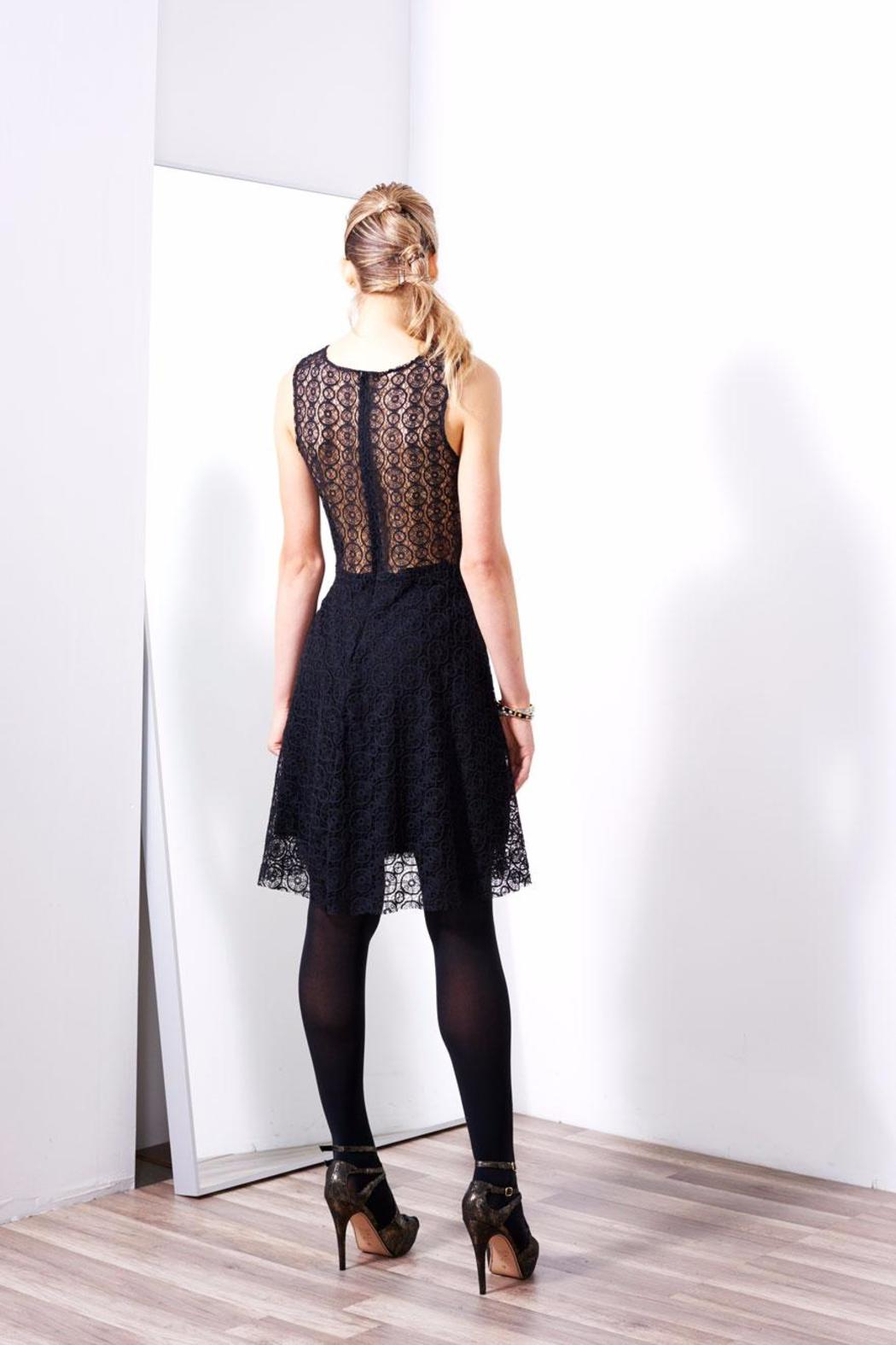 Askari  Elegant Black Dress - Side Cropped Image