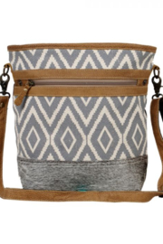 MarkWEST-Myra Bag Assurance Shoulder Bag - Front cropped