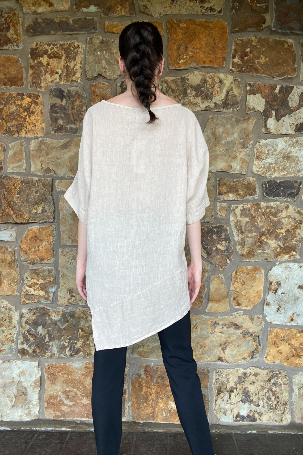 Lola Made in Italy Asymmetric Linen Tunic - Side Cropped Image