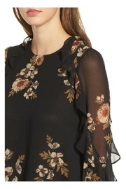 ASTR Floral Blouse - Front full body