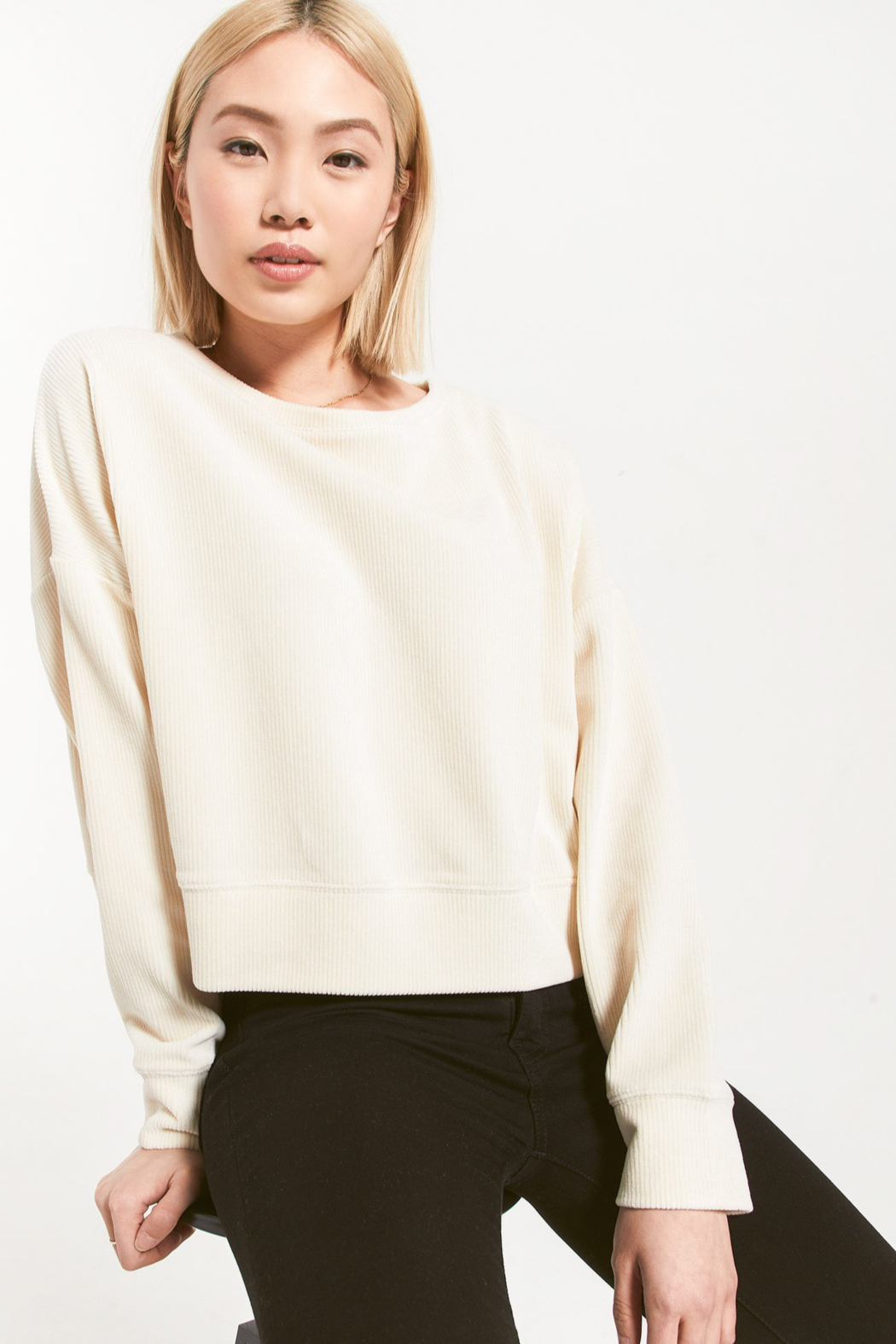 z supply Astrid Cord Pullover - Back Cropped Image