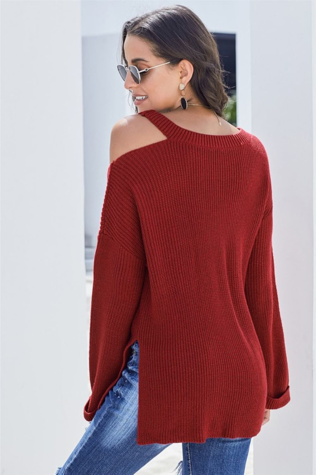 Shewin Asymmetric Cut Out Shoulder Pullover Sweater - Side Cropped Image