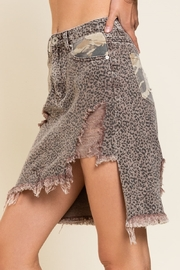 Pol Clothing Asymmetrical Distressed  Animal - Side cropped