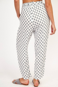 Olivaceous AT THE BAY PANT - Alternate List Image