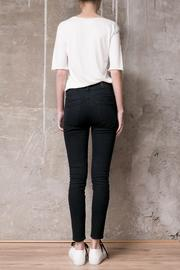 Atelier B.A. Amy Skinny Jean - Back cropped
