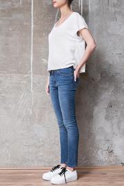 Atelier B.A. Charcas Skinny Jean - Back cropped