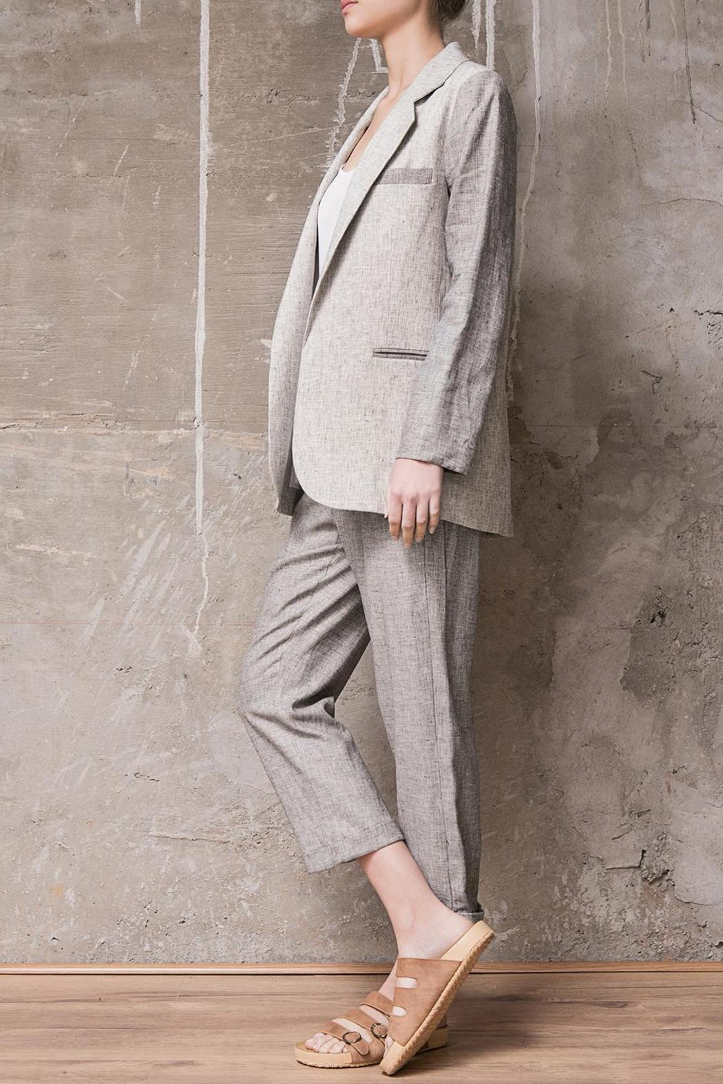 Atelier B.A. Chas Linen Blazer - Side Cropped Image