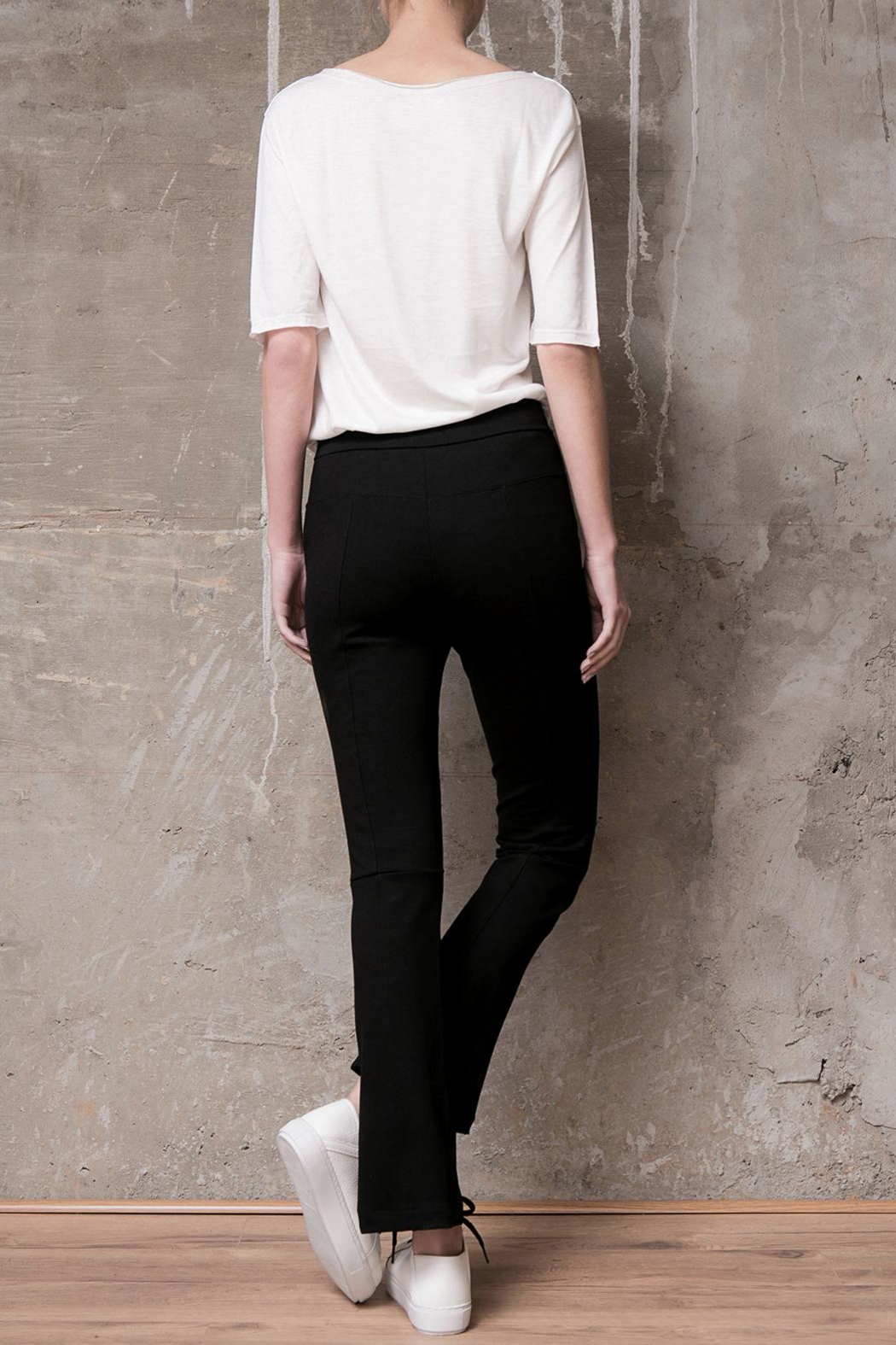 Atelier B.A. Crop Oxford Legging - Side Cropped Image