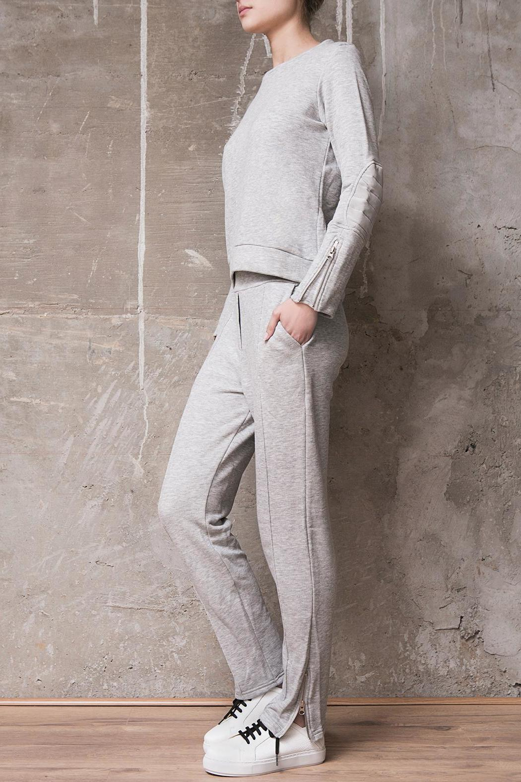 Atelier B.A. Granito Jogger - Front Full Image