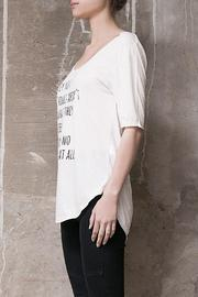 Atelier B.A. Jazmin T-Shirt - Side cropped