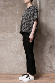 Atelier B.A. Knitted Poncho Granito - Front full body
