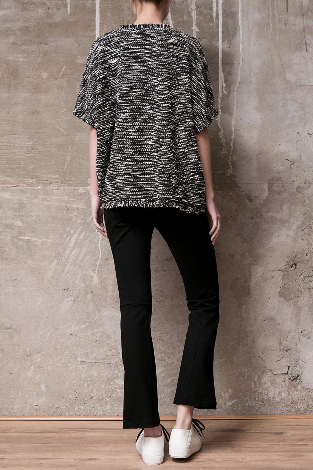 Atelier B.A. Knitted Poncho Granito - Side Cropped Image