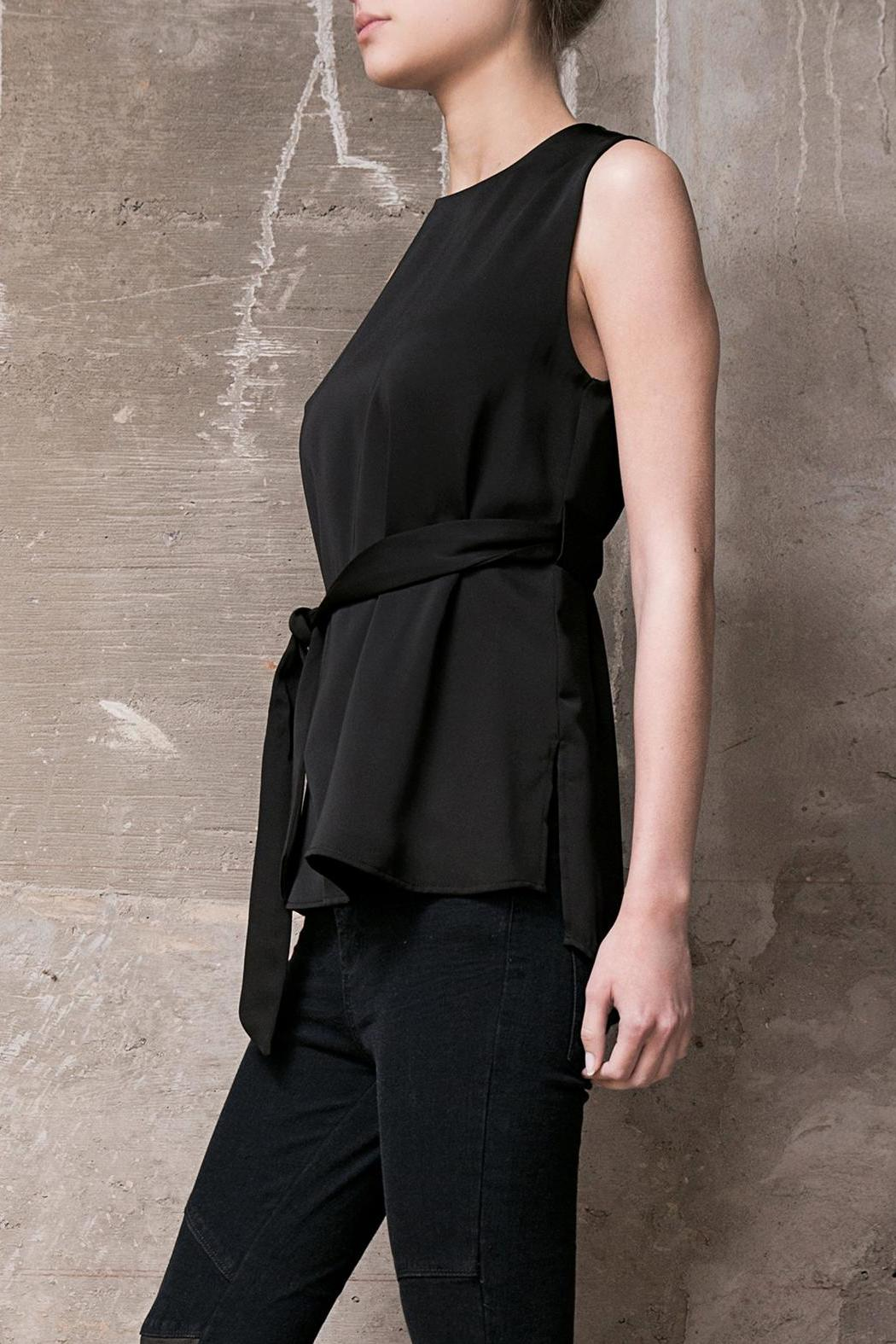 Atelier B.A. Onix Top - Front Full Image