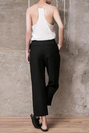 Atelier B.A. Thames Crop Pant - Side cropped